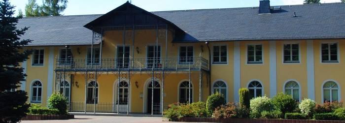 Gebäude- und Grundstücksverwaltungs- GmbH Werdau